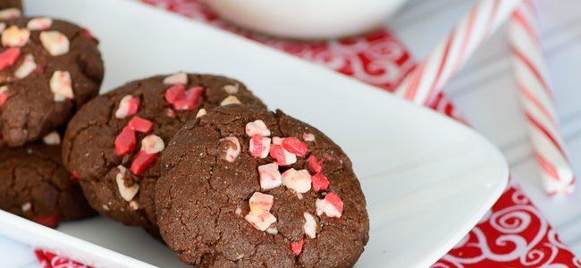 Pretty Darn Healthy Chocolate Peppermint Cookies
