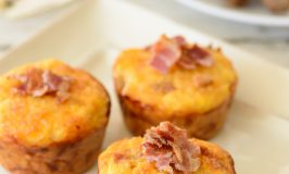 Quinoa & Egg Breakfast Muffins – Only 4 Ingredients!