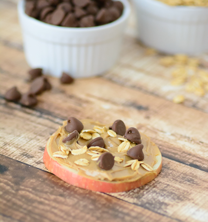 """Apple Trail Mix """"Cookie"""" Great way to sneak in some healthy food for picky eaters. Perfect after school snack."""