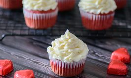 Gluten Free Red Velvet Cupcakes (No Refined Sugar!)
