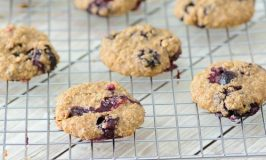4 Ingredient Blueberry Oatmeal Breakfast Cookies