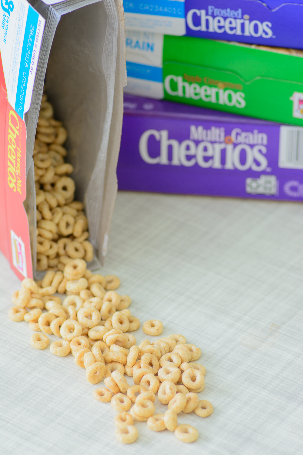 Honey Nut Cheerios Cereal Bars with Gluten-Free Cheerios
