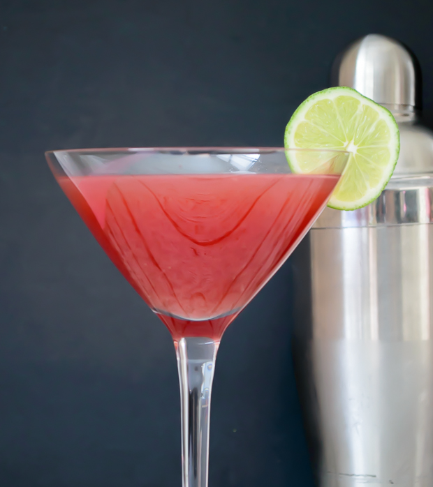 Refreshing watermelon martini. Perfect recipe for those warm summer nights. Just 4 simple ingredients. Must try!
