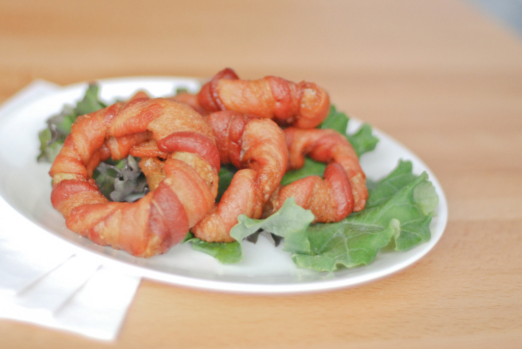 Paleo-Bacon-Wrapped-Onion-Rings-22
