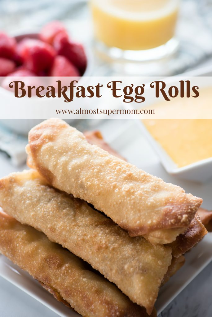 Breakfast egg rolls